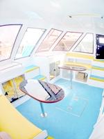 ダイビング船キャビン